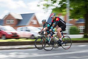 Radrennfahrer in der Stadt